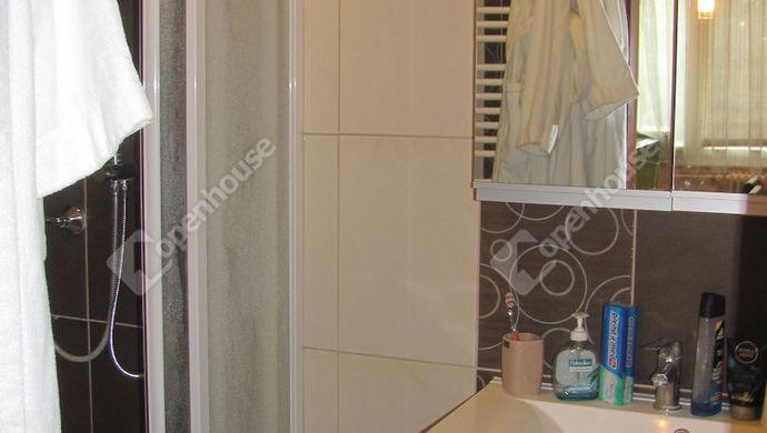 9. kép | Fürdő | Eladó Társasházi lakás, Zalaegerszeg (#140483)