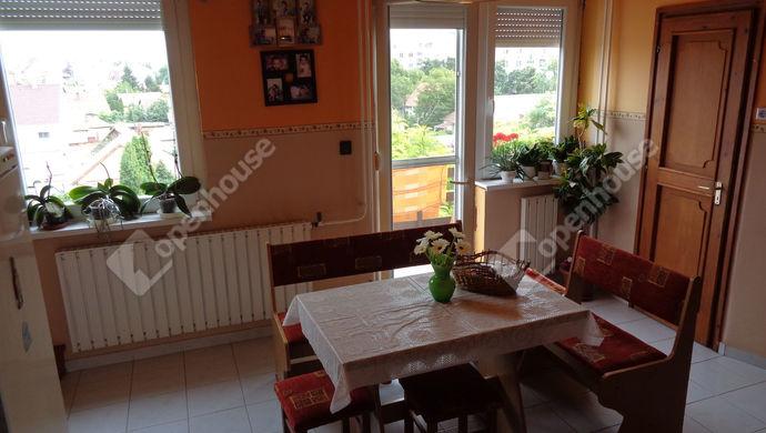 0. kép   Eladó Társasházi lakás, Szolnok (#147120)