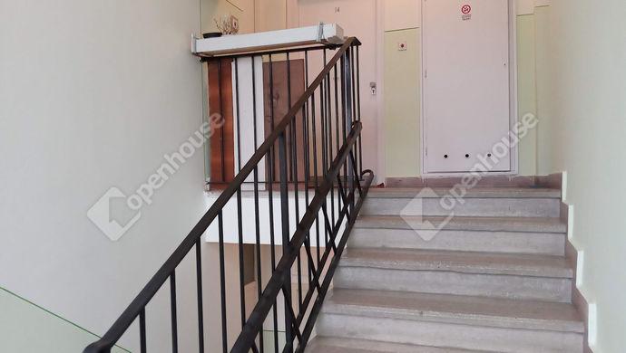 12. kép | Lépcsőház | Eladó Társasházi lakás, Szolnok (#149013)