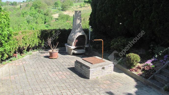 26. kép | Grill terasz | Eladó Családi ház, Zalaegerszeg (#138745)