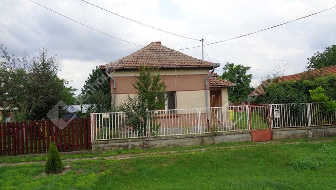 3. kép | Udvari homlokzat | Eladó Családi ház, Kaszaper (#146885)