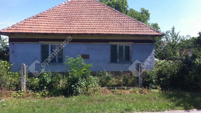 0. kép   Eladó Családi ház, Szentistván (#101890)