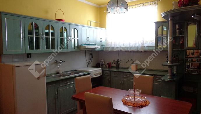 1. kép | amerikai konyha | Eladó Családi ház, Békés (#147840)