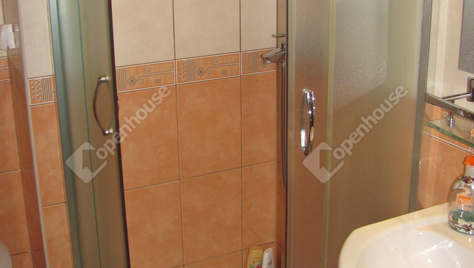 13. kép | Fürdőszoba | Eladó Társasházi lakás, Zalaegerszeg (#123646)