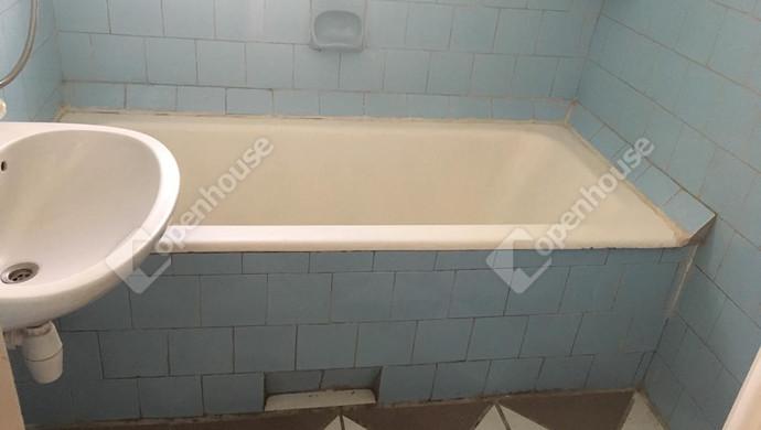8. kép | fürdő | Eladó Családi ház, Szolnok (#130885)