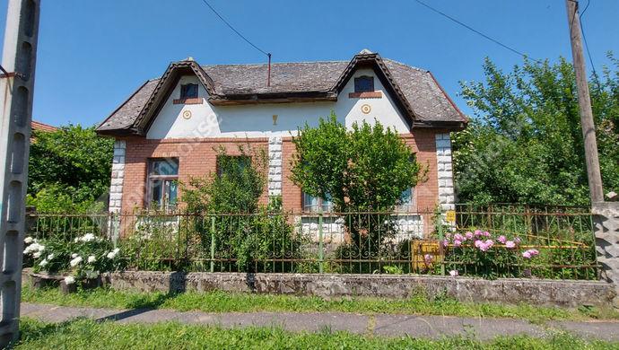 0. kép   Eladó Családi ház, Litka (#152376)