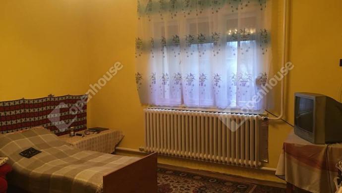 1. kép | szoba | Eladó Családi ház, Szolnok (#127790)