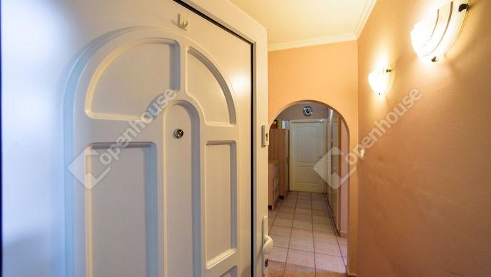 10. kép | Közlekedő | Eladó Társasházi lakás, Szeged (#142902)