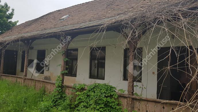 2. kép | Eladó Családi ház, Tata (#119572)