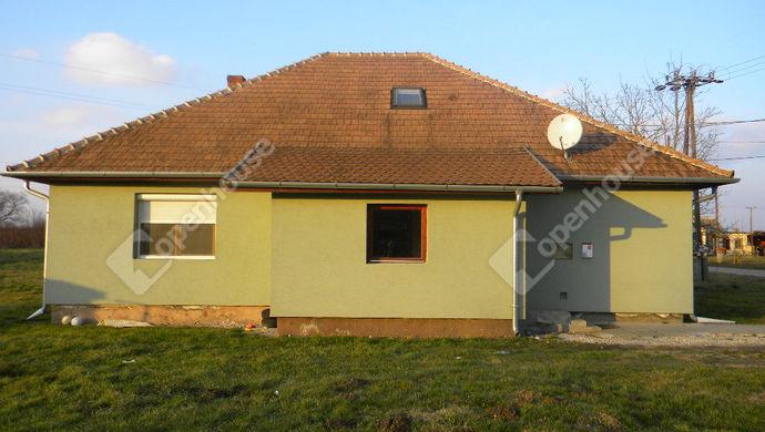 2. kép | Eladó Családi ház, Pakod (#136177)