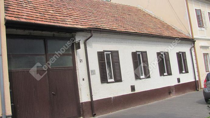 0. kép | Udvari nézet | Eladó Családi ház, Zalaegerszeg (#142884)