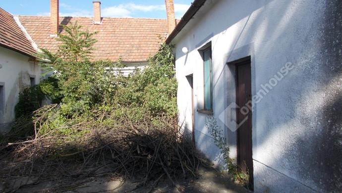6. kép | Eladó Üzleti ingatlan, Szeleste (#132511)