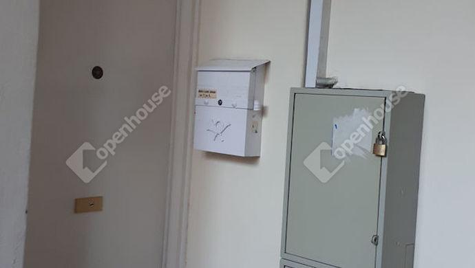 9. kép | Bejárat a lépcsőházból | Eladó Társasházi lakás, Tatabánya (#134818)