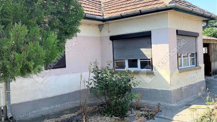 1. kép   Eladó családi ház Lepsény.   Eladó Családi ház, Lepsény (#152343)