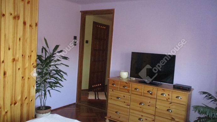 13. kép | emeleti szoba | Eladó Családi ház, Szolnok (#134456)