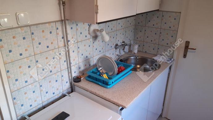 8. kép | konyha | Eladó Társasházi lakás, Békéscsaba (#147895)
