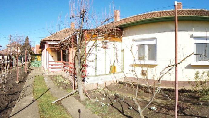 0. kép | Eladó Családi ház, Szolnok (#131579)