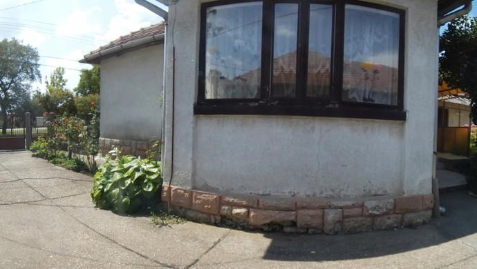 2. kép | Eladó Családi ház, Onga (#132478)